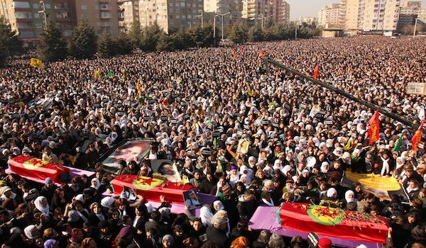 funeral en Diyarbakir, enero 2013