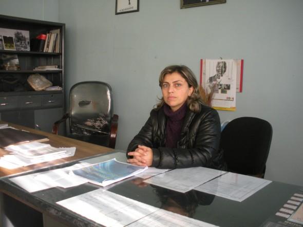 Rindê Mistefa, la directora del instituto Viyan Amara / Foto: Actualidad Kurda