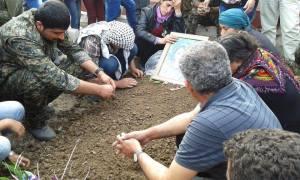 Viyan Peyman nacida en Maku (Irán) y enterrada en Rojava (Siria) / Facebook VP