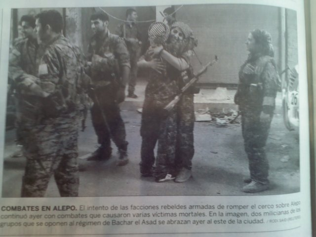 Combatientes del YPJ en Manbij